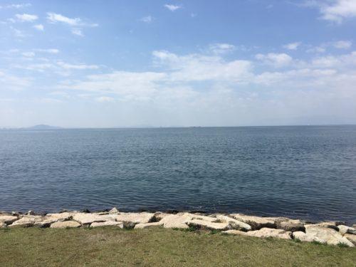 長浜から見た琵琶湖